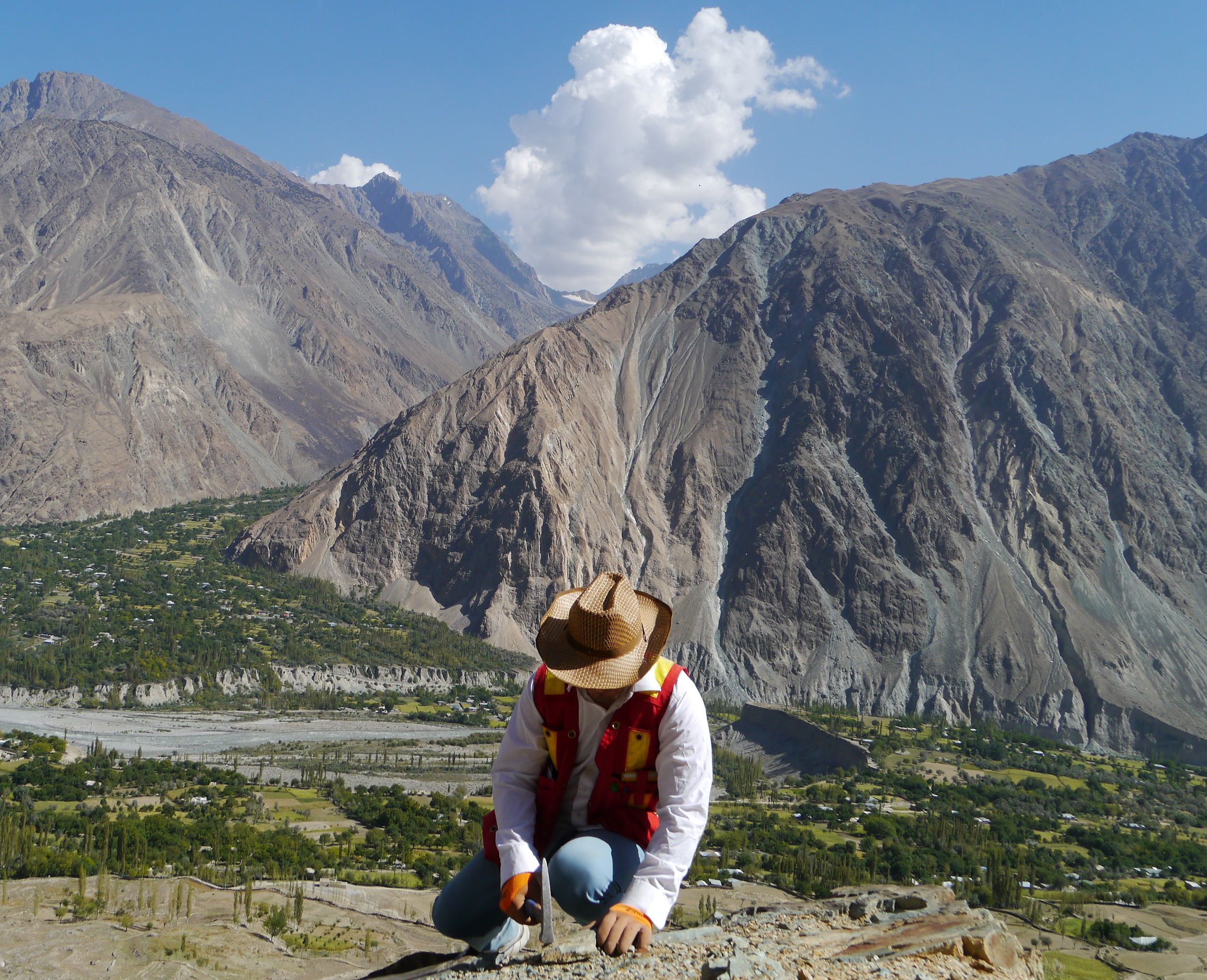 Ihaz Ahmad doing field work in Kohistan (photo by J Richards)
